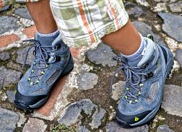 buy best hiking boots for kids